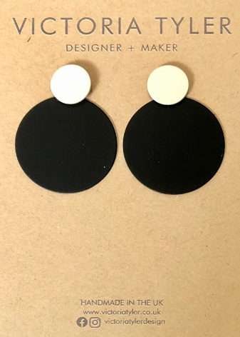 Circle and Dot earrings by Victoria Tyler. Contemporary, art deco jewellery.
